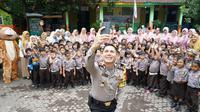 Polisi Ganteng di Probolinggo (Liputan6.com/Dian Kurniawan)