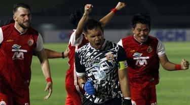FOTO: Super Dramatis, Persija Singkirkan PSM 4-3 Lewat Adu Penalti - Andritany Ardhiyasa