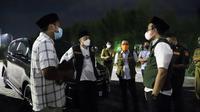 Eri Cahyadi pertemukan korlap pendemo penyekatan Suramadu dengan Bupati Bangkalan. (Dian Kurniawan/liputan6.com)