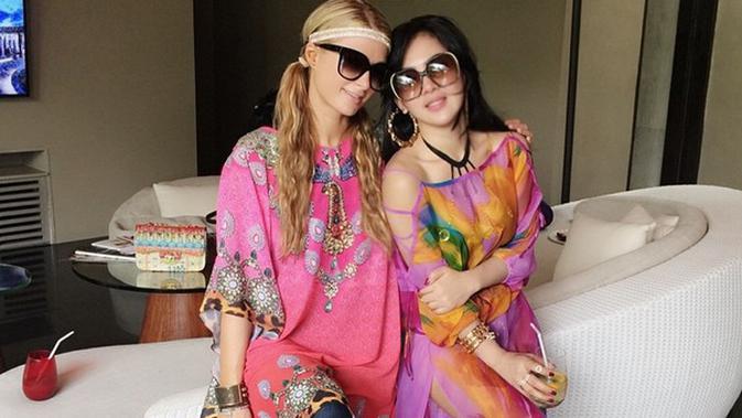 Maverick Vinales Pernah Punya Hubungan Spesial dengan Paris Hilton