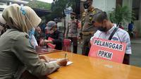 Tiga pengendara motor gede (moge) yang lolos dari pemeriksaan ganjil genap oleh petugas di Kota Bogor berhasil teridentifikasi pihak kepolisian.
