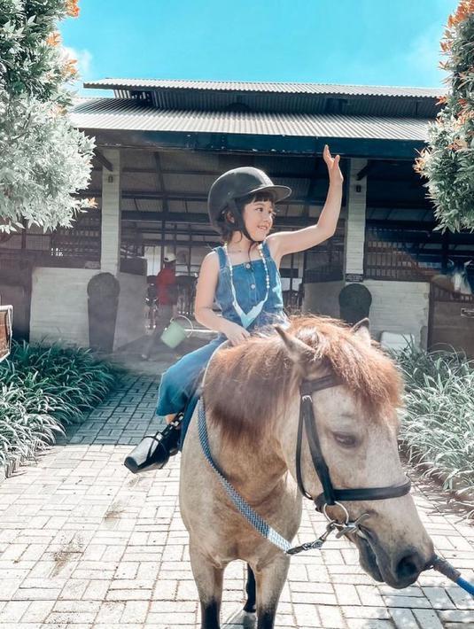 Gempi naik kuda (Instagram/gadiiing)