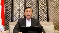 Menteri Koordinator bidang Kemaritiman dan Investasi Luhut Binsar Pandjaitan saat konferensi pers tentang evaluasi PPKM.