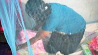 Kelambu berinsektisida untuk korban gempa Lombok. (Foto: Sehat Negeriku Kemenkes RI)