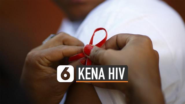 Kementerian Kesehatan RI sebut ibu rumah tangga berisiko kena virus HIV. Data Kemenkes RI, 16.844 ibu rumah tangga di Indonesia terinfeksi HIV.