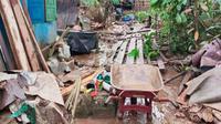 Kondisi Desa Ludai, Kabupaten Kampar, setelah dilanda banjir bandang. (Liputan6.com/M Syukur)