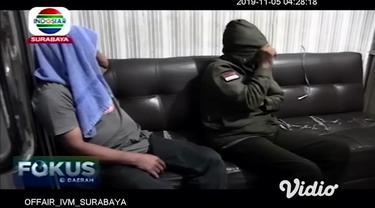Peristiwa memilukan baru saja dialami oleh dua orang perempuan asal Kota Palu, Sulawesi Tengah. Keduanya dilaporkan disandera selama enam hari di sebuah rumah yang berlokasi di Kabupaten Jember, Jawa Timur.