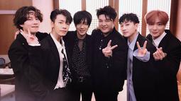 Super Tv adalah acara yang semuanya langsung ditangani oleh para personel Super Junior. Acara ini menampilkan keseruan yang dilakukan oleh para personel Super Junior. (Foto: Soompi.com)