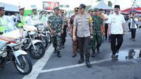 Kapolres Banyuwangi AKBP Taufik Herdiansah Zeinardi usai Apel Gabungan Operasi Ketupat Semeru 2019 digelar di pelataran Pelabuhan ASDP Ketapang Banyuwangi.