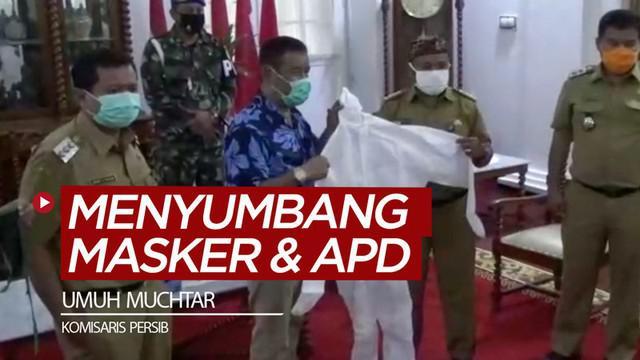 Berita video Komisaris PT. Persib Bandung Bermartabat (PBB), Umuh Muchtar, menyumbang 4.000 masker dan 300 APD (Alat Pelindung Diri) kepada pemerintah Kabupaten Sumedang, Jawa Barat.