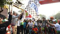 Gowes Sepeda Nusantara Etape Banjarmasin sebagai rangkaian acara Puncak Peringatan Hari Olahraga Nasional (Haornas) ke-36.