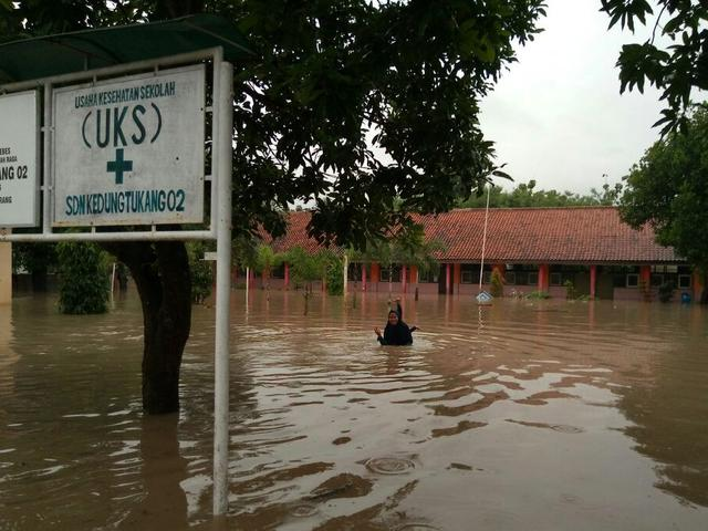 Banjir Dan Longsor Kepung  Kecamatan Di Pantura Barat Jateng Regional Liputan