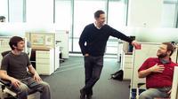 CEO Red Hat Jim Whitehurst yang justru senang jika karyawannya bergosip di kantor.