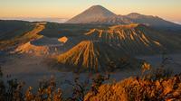 Gunung Bromo di Jawa Timur (sumber: iStock)