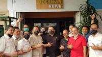 Fadli Zon seusai melantik pengurus Himpunan Kerukunan Tani Indonesia (HKTI) Sumut di Begawan Coffe Medan.