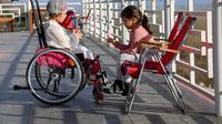 Ilustrasi anak dengan Duchenne Muscular Dystrophy. Foto oleh Meruyert Gonullu dari Pexels