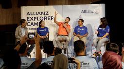 Legenda Bayern Munchen, Martin Demichelis, saat jumpa pers di Kawasan Kuningan, Jakarta, Senin (24/6/2019). Delapan anak Indonesia terpilih untuk mengikuti Allianz Explorer Camp 2019 di Jerman dan Singapura. (Bola.com/M Iqbal Ichsan)