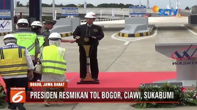 Presiden Jokowi resmikan Tol Bocimi Seksi I di tol utama masuk pintu Cigombong pada Sabtu (1/12) siang.