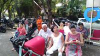 Suasana di tempat pemungutan suara (TPS), tempat Menteri Kesehatan Republik Indonesia, Nila F Moeloek mencoblos pada Pemilu 2019 (Foto: Khairuni Cesario/Liputan6.com)