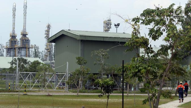 Suasana Sungai Kenawang Gas Plant di desa Kali Berau, Bayung Lencir, Kabupaten Musi Banyuasin, Sumatera Selatan, Sabtu (9/2). PT Pertamina Hulu Energi (PHE) resmi alih kelola 100 persen Wilayah Kerja Jambi Merang. (Liputan6.com/Helmi Fithriansyah)#source%3Dgooglier%2Ecom#https%3A%2F%2Fgooglier%2Ecom%2Fpage%2F%2F10000