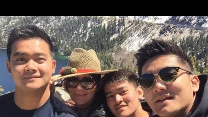 Boy William Tuliskan Curahan Hatinya untuk Sang Adik Raymond Hartanto - ShowBiz Liputan6.com