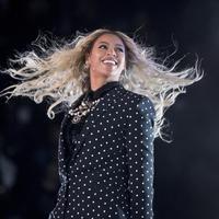 Beyonce ternyata mengalami kejadian tak menyenangkan saat menggelar konser. ( Andrew Harmik/AP Photo)
