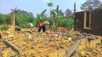 Angin puting beliung rusak ratusan rumah