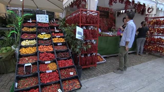 Festival Cabai kembali digelar di Riete, Italia. Sebanyak 500 jenis cabai dapat ditemukan dan dicoba di acara tahunan ini.