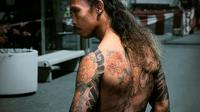 Yayan Ruhian akan bermain dalam film bernuansa Yakuza dan Vampir yang diberi judul Yakuza Apocalypse.