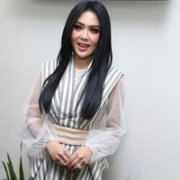Syahrini (Foto: Nurwahyunan/Bintang.com)