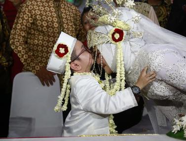 [Bintang] Daus Mini danSelviana Hana Wijaya