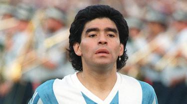 Pesepak Bola Narkoba, Diego Maradona, Adrian Mutu