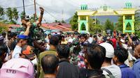 Demonstrasi menolak Natuna digunakan sebagai tempat karantina WNI yang pulang dari Wuhan, China. (Foto: Liputan6.com/Ajang Nurdin)