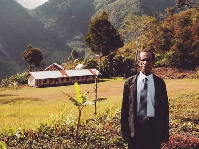Memetik Pelajaran Hidup Dari Guru Honorer Asal Desa Wamerek Wamena Papua Lifestyle Liputan6 Com