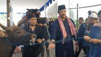 DGS BI Destry Damayanti Saksikan Kurban di Kompleks Bank Indonesia