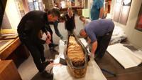 Kerangka mumi Nesyamun dipajang di Museum Kota Leeds. (source: LEEDS MUSEUMS AND GALLERIES)