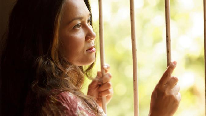 Stigma Negatif Janda Dan Beban Berat Yang Tak Dipahami Masyarakat Lifestyle Fimela Com