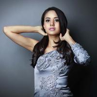 Aktris cantik Aurelie Moeremans saat ini tengah menjalin hubungan dengan salah satu penyanyi Indonesia, Marcello Tahitoe atau akrab disapa Ello. Namun Aurelie masih malu-malu untuk mengakuinya. (Galih W. Satria/Bintang.com)