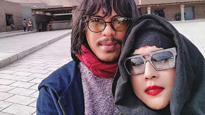 Mayky Wongkar dan Ria Irawan. (Instagram/@maykywongkar)