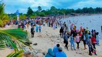 Kerumunan di lokasi wisata di Riau terjadi setelah lebaran Idul Fitri. (Liputan6.com/Istimewa)