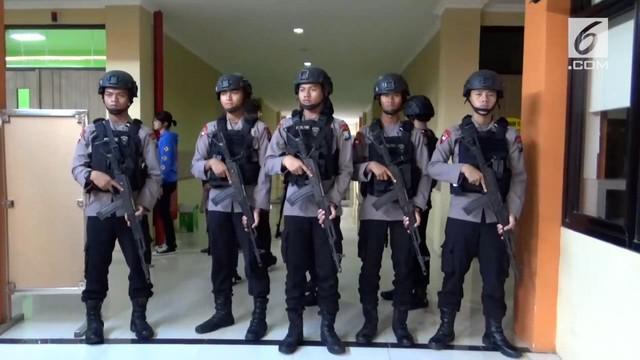 Tujuh anak terduga teroris di Surabaya diserahkan Polda Jawa Timur pada Kementerian Sosial untuk direhabilitasi.