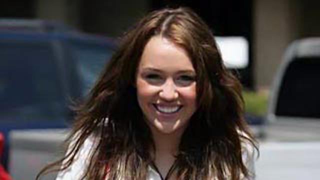 Videoita Miley Cyrus seksiä