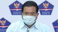 Juru Bicara Satgas Penanganan COVID-19 Wiku Adisasmito menyampaikan donor plasma konvalesen sebagai bentuk gotong royong penanganan COVID-19 saat konferensi pers di Kantor Presiden, Jakarta, Selasa (5/1/2021). (Biro Pers Sekretariat Presiden/Kris)