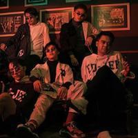 Reza Anugerah yang lebih dikenal dengan panggilan Reza SMASH ini memulai karirnya sejak bergabung dengan boyband SMASH. (Liputan6.com/IG/mrezanugerah)