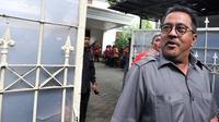 Surat Keputusan Presiden (Keppres) Nomor 38/P/2014 tentang Pemberhentian Sementara Gubernur Banten Ratu Atut Chosiyah diserahkan kepada Rano Karno, Selasa 12 Mei.