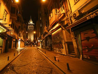 FOTO: Turki Mulai Lockdown Terbaru Cegah Penyebaran COVID-19