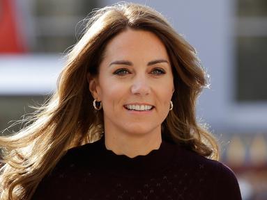 Kate Middleton mengunjungi Natural History Museum (Kirsty Wigglesworth / POOL / AFP)