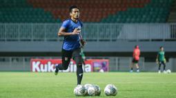 Sebagai pemimpin klasemen sementara BRI Liga 1 musim 2021/2022, Borneo FC akan banyak diunggulkan pada pertandingan kali ini. (Foto: Bola.com/Nandang Permana)