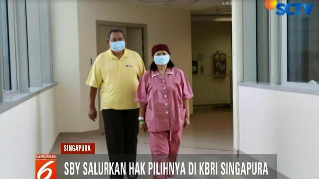 SBY dijadwalkan mencoblos di KBRI di Singapura pada Minggu sore.
