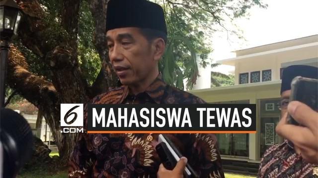 Presiden Joko Widodo atau Jokowi menyesalkan aksi demonstrasi menolak RUU KUHP yang dilakukan sejumlah mahasiswa di Gedung DPRD Sulawesi Tenggara, Kendari memakan dua korban jiwa.